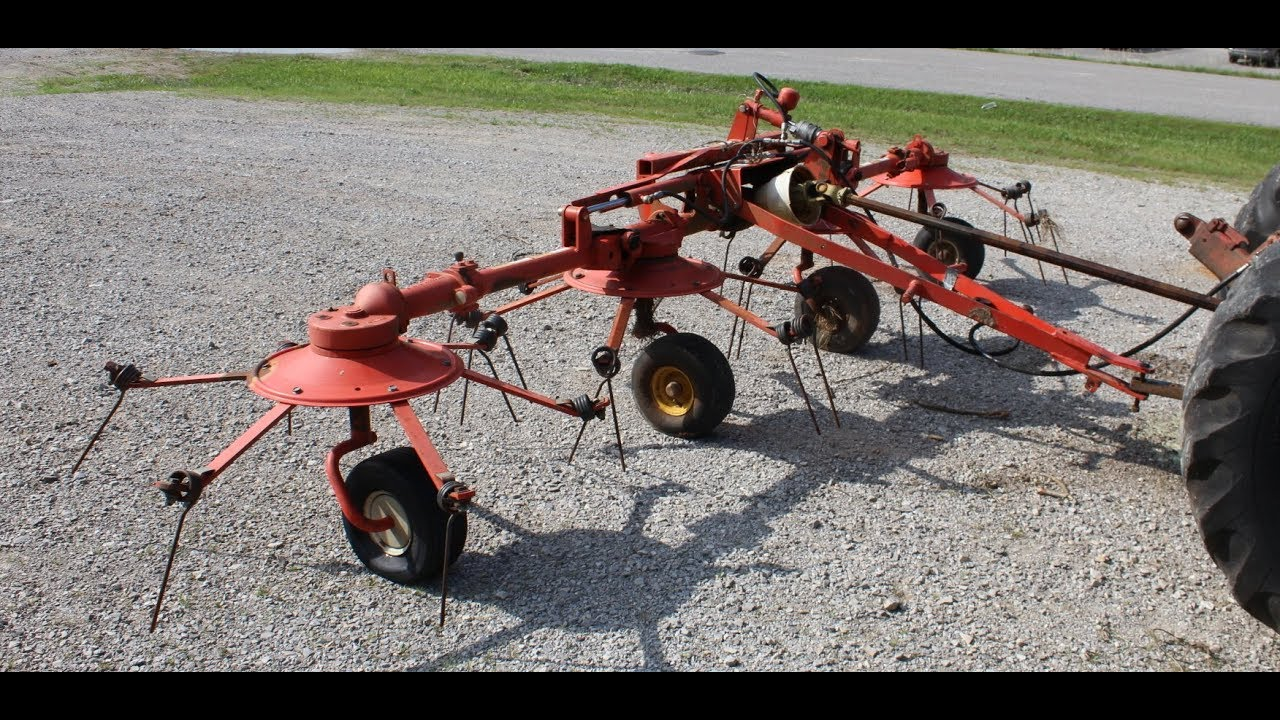 Kuhn Four Basket S A  Hay Tedder Online at Tays Realty & Auction, LLC