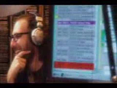 Joe Rogan does Karaoke on Alice 97.3