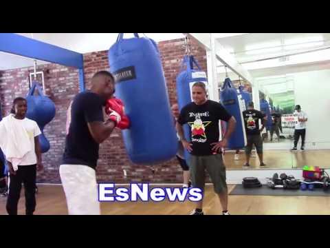 Jermell Charlo Killing The Heavy Bag Monster Shots  EsNews Boxing