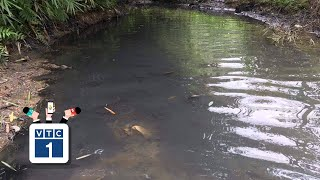 Vụ nước có mùi lạ: Chính quyền có vô cảm?