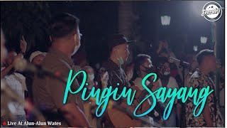 Download DERRADRU   PINGIN SAYANG LIVE alun alun wates