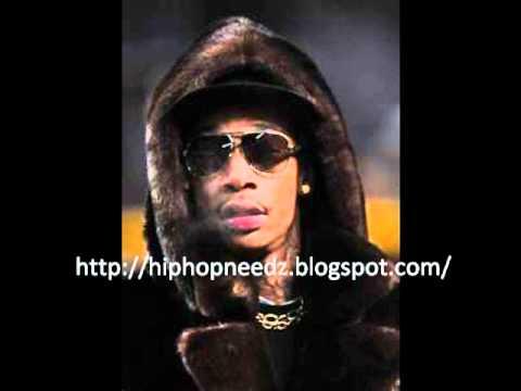 Wiz Khalifa (Motto Freestyle) Feat. Juicy...