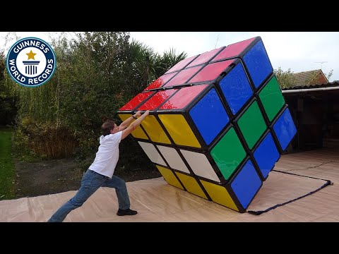 making-the-largest-rubik's-cube---guinness-world-records