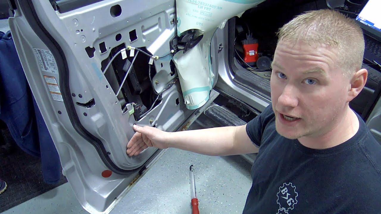 20022005 Ford Explorer Door Ajar Light: Common Door Wiring Faults  YouTube
