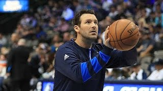 Tony romo looks like a splash brother in shootaround with dallas mavericks