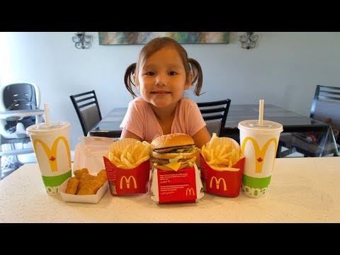How to Make MCDONALDS Big Mac & McNuggets Kid vs Food Skit  Pretend Playtime for Kids