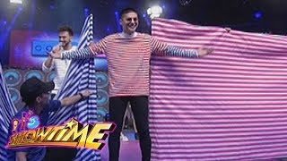 Its Showtime Copy Cut Vice Ganda notices Ronnies Shirt