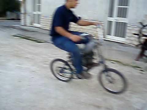 Bicicletta Cinzia Con Il Motore