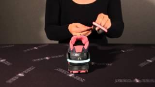 Schoe clip welke makkelijk is in het gebruik, je klemt deze clip achter op je schoen, door het klemmechanisme en de kleine tandjes blijft deze clip prima op zijn ...