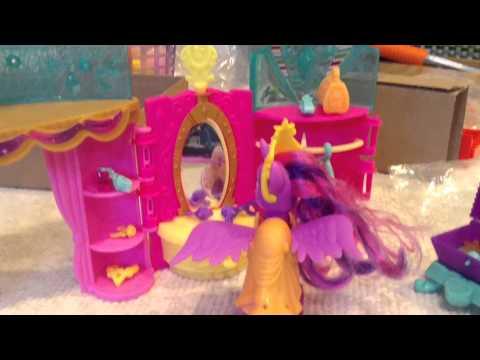 Toy review- twilight sparkles crystal celebration kingdom