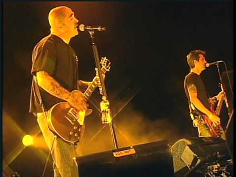 STAIND King Of All Excuses 2009 LiVe