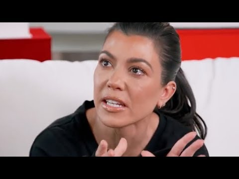Kourtney Kardashian CLEARS UP Scott Disick Rumours!
