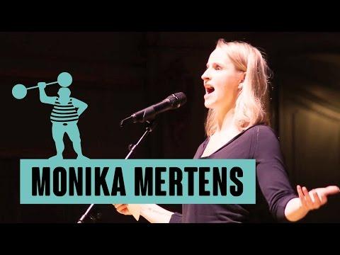 Monika Mertens - Kein Schwanz ist so hart wie die Realität