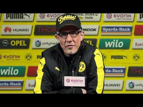 """BVB Stöger: """"Video-Schiri ist Verschwörungstheorie!"""""""