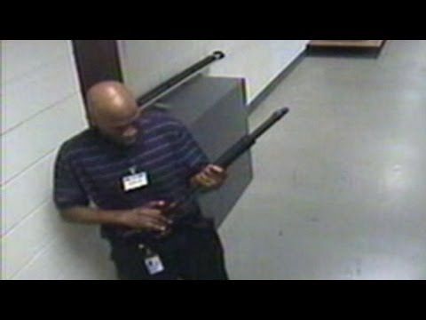 Navy Yard Shooting Suspect Caught on Tape: Aaron Alexis Seen in Video Before Alleged Rampage