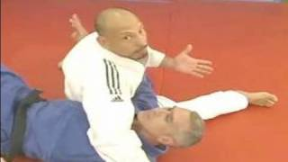 Judo Lessons for Beginners : How to Do a Pillow Hold in Judo