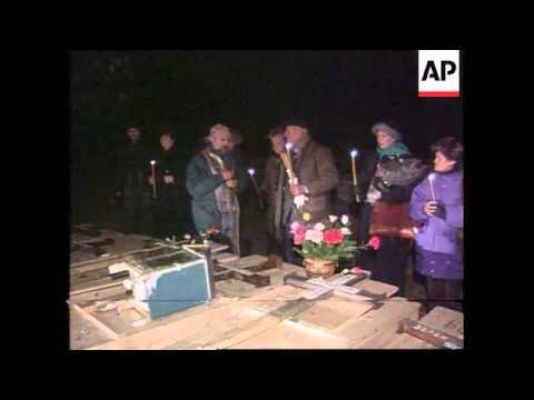 Bosnia-Serbians Move Dead From Sarajevo Cemetery