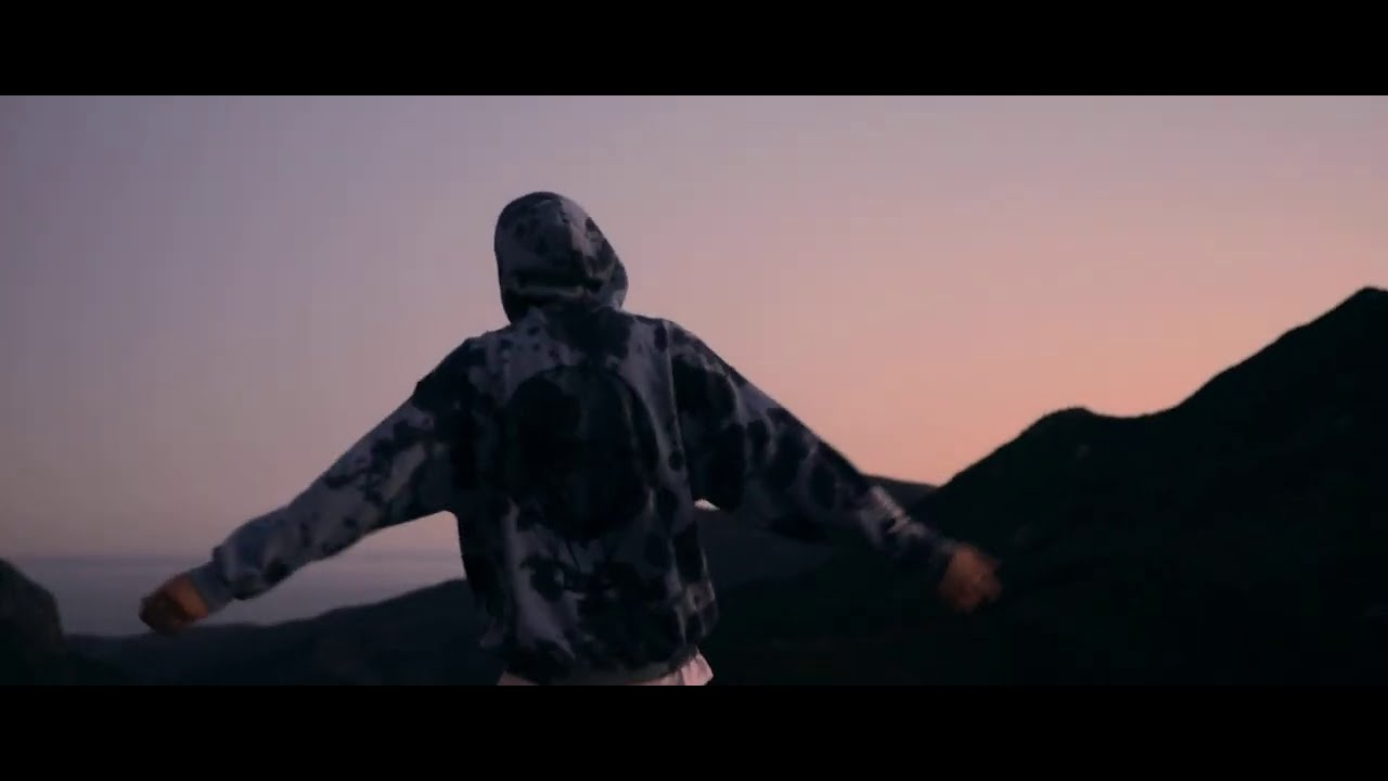Cam Meekins - Right Now (Official Video)
