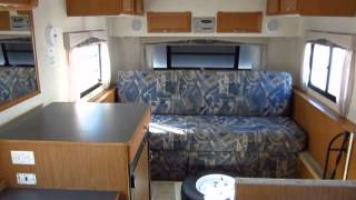 Like-New Hi-Lo Towlite 22T Clamshell Travel Trailer - HaylettRV.com