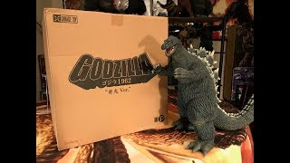 X-Plus Godzilla 1962 Ric Boy Reissue Figure Review Re-Up