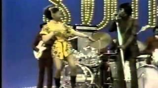 James Brown - Super Bad | performs at SoulTrain (~1970)
