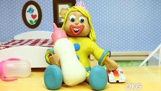 Yellow Baby -In- MEGA MILK BOTTLE - Play Doh Cartoons For Kids