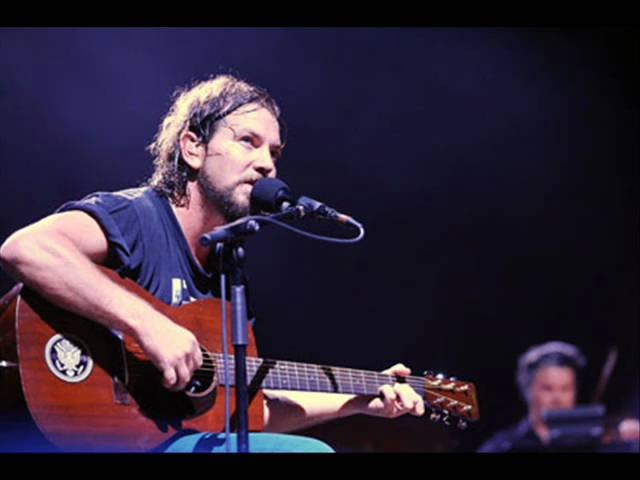 pearl-jam-hold-on-acoustic-donkukis
