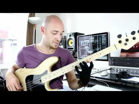 E Minor 7 Jazz Lick for Bass - Bass lesson with Scott Devine (L#39)