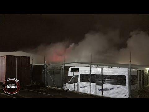 Fifteen Fire Crews Battling Auckland Storage Unit Blaze | Nzherald.co.nz