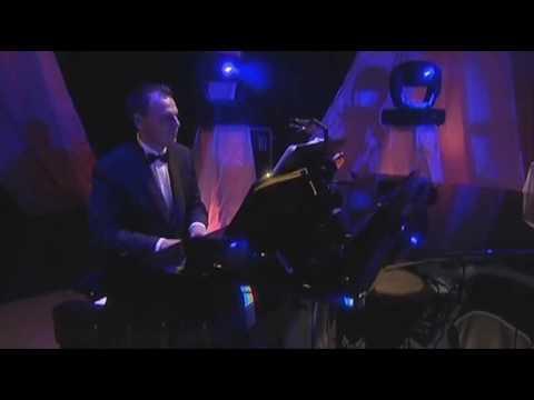 akos-ne-titkold-40-koncert-bettina-mezei