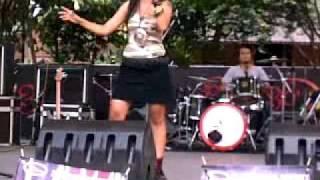 Jangan ada angkara - Nicky Astria (RocaRola version live @TMII jakarta).mp4