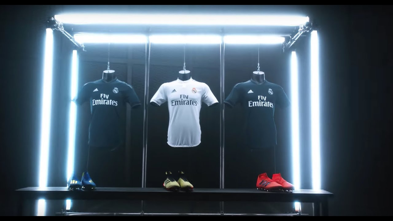reputable site 6f2d2 a0e50 Real Madrid Home and Away JERSEY & KITS 2018/19