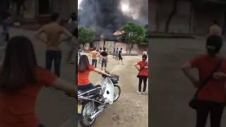 Video diễn biến vụ cháy chợ cửa khẩu Tân Thanh, huyện Văn Lãng, Lạng Sơn
