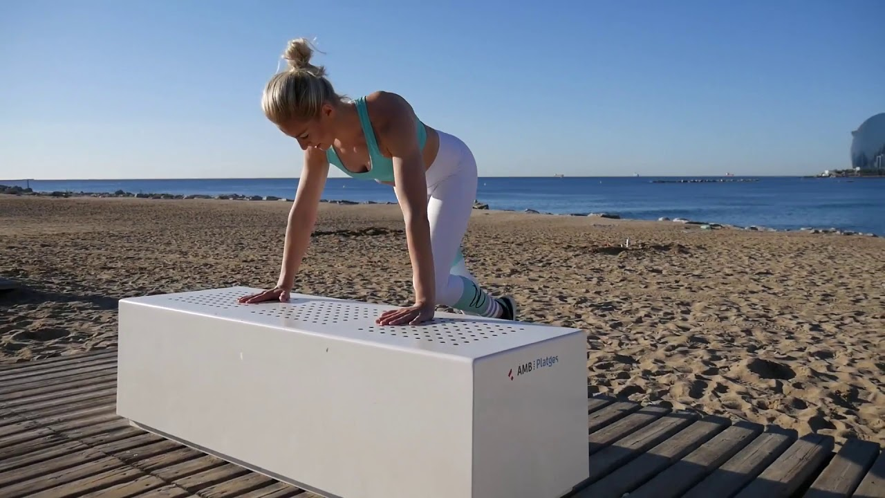 Partner Beach Workout Barcelona