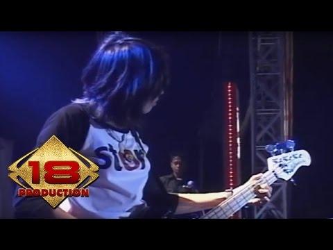 Zivilia - Menunggu/Aishiteru   (Live Konser Cirebon 14 November 2013)