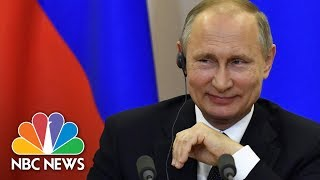 Zapętlaj Vladimir Putin's On Allegations President Trump Shared Secrets: 'Political Schizophrenia' | NBC News | NBC News