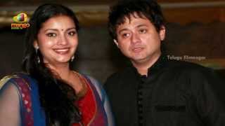 Pawan Kalyan's wife Renu Desai at Mangalashtak movie music launch