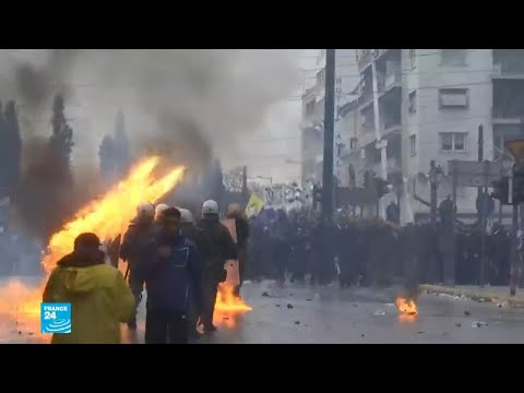مظاهرات عنيفة في اليونان احتجاجا على الاسم الجديد لمقدونيا  - 11:55-2019 / 1 / 21