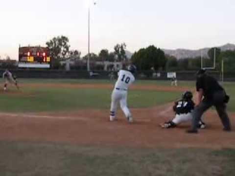 ALEX JACKSON (6 June 2013 ) drives in run SD Baseball Showcase (video by Susan Schag)