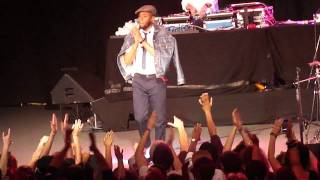 Mos Def - Traveling Man (Live) @ Roseland Theater, Portland, Oregon 4-17-11 part 4