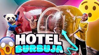 ¡CONSTRUIMOS UN HOTEL BURBUJA ADENTRO DE NUESTRA CASA! - Yolo Aventuras
