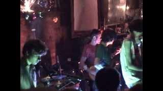 Deerhunter-Sleepwalking/Back To The Middle