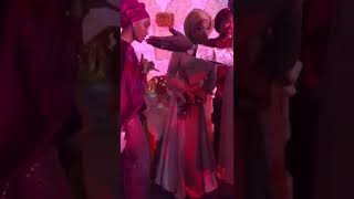 Watch the hausa braid girl dance for she,s weeding
