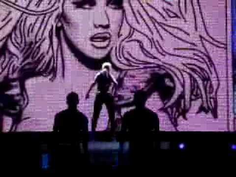 Christina Aguilera - Genie 2.0 & Keeps Gettin' Better - Live Promo Concerts mp3