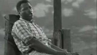Watch Paul Robeson Ol Man River video