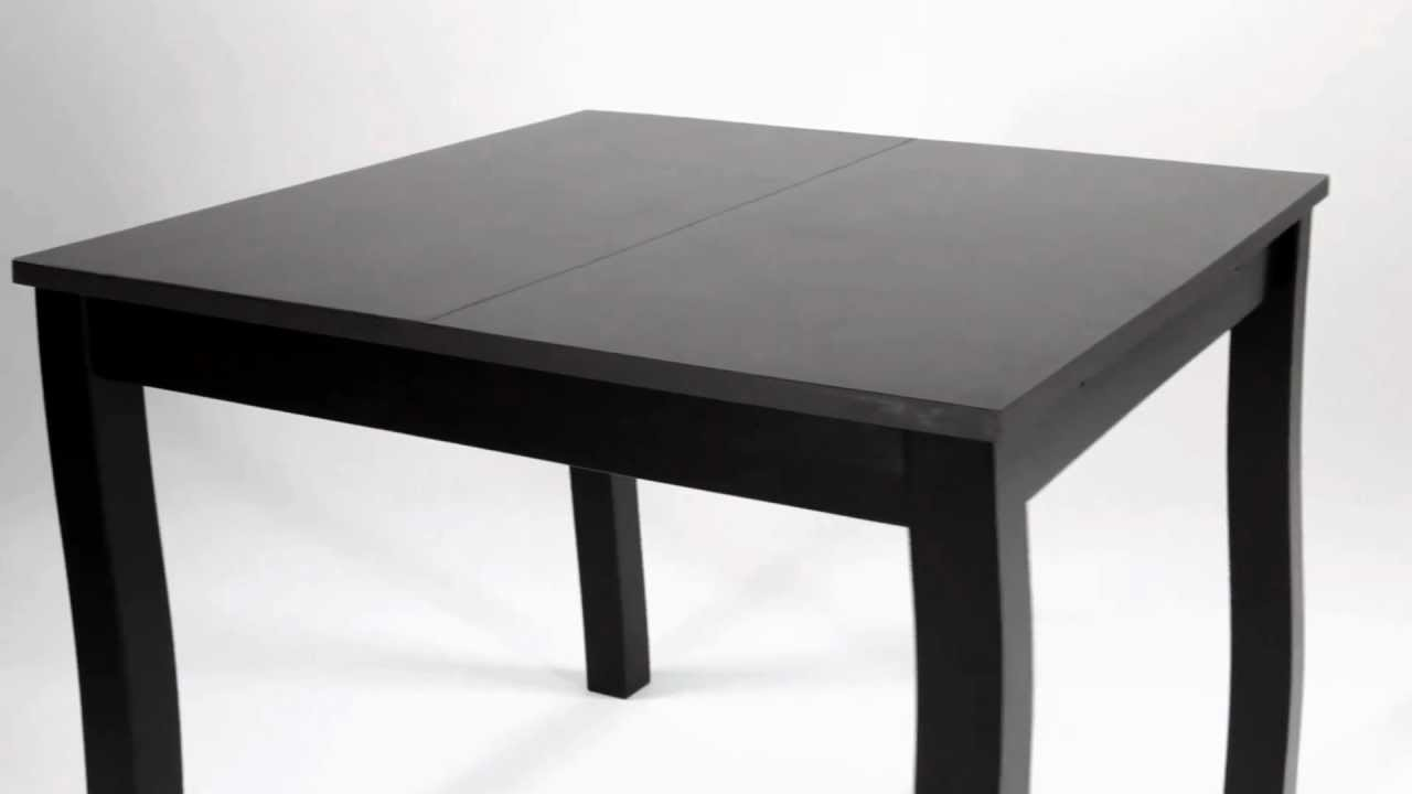 Table carr e extensible ruben catalogue but 2012 2013 for Table noir salle a manger