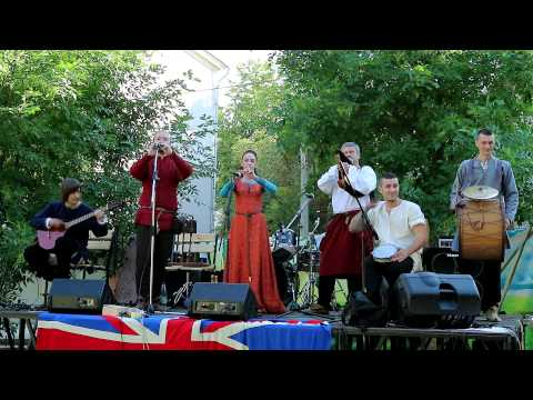 Stary Olsa - Ob-La-Di, Ob-La-Da/Yellow Submarine (The Beatles medieval covers by Stary Olsa) (Live)
