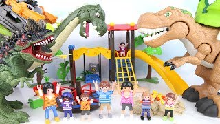 Help Dinosaurs Soldier T-rex. Kids Crying because Bad Dinosaur attack playground. Toy Mini Movie .