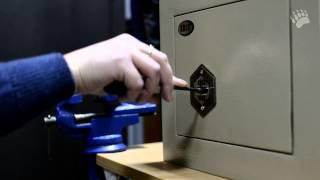Вскрытие сейфа самоипрессионным ключом(Магазин