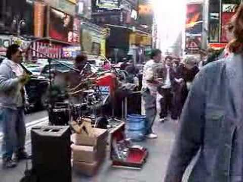 Bolivian music in times sq